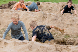 Little-Welly-activities-mud-ditches-3
